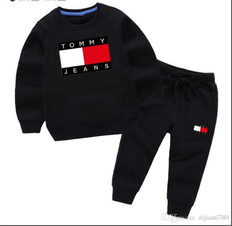 Nouveau Bébé De Luxe Logo Designer garçon fille t-shirt Pantalon Deux-pièces Costume Enfants Marque Enfants 2pcs Coton Vêtements Ensembles 3-8 ans enfants Ensembles