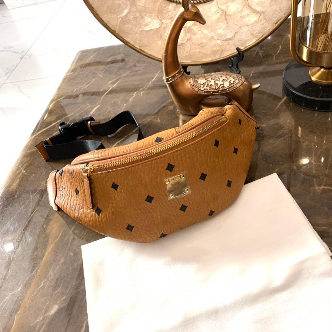 العلامة التجارية مصمم فاني حزمة فاخرة Bumbag النساء الرجال العلامة التجارية مصمم حقائب الصدر أعلى جودة مصمم رسالة Printting حقائب الخصر # fd532