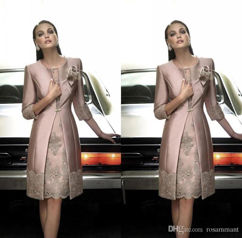 Gelin Damat Artı boyutu Suits Uzun Ceket AYDINLATMA Dantel Düğün Misafir Elbiseler kapalı Vintage Diz Boyu Anne