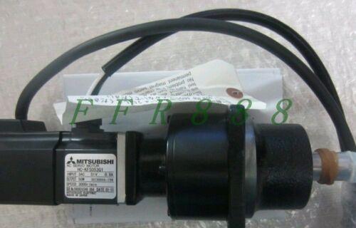 NUEVA Mitsubishi servo motor HC-KFS053G1