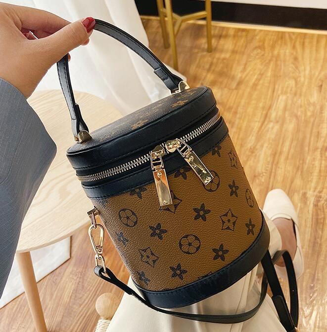 Personalità Bucket Bag signora Round Bag New Fashion anziani borse a spalla Crossbody delle donne borsa