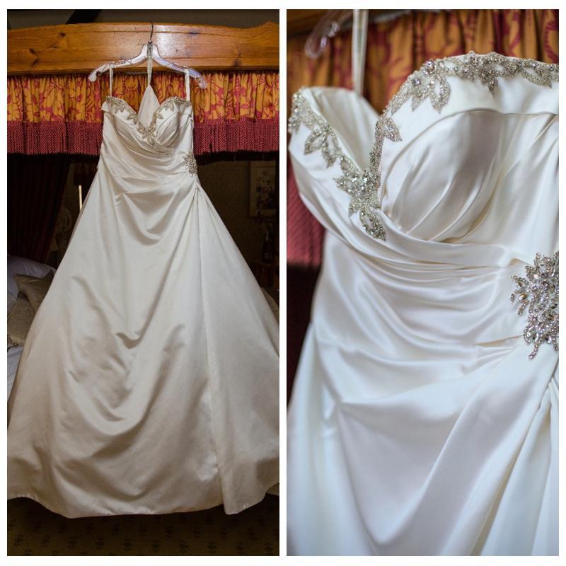 Superbe blanc satin des robes Une ligne sweetheart mariage pour Robes cristaux perles Robes de mariée en ligne vestidos de noche