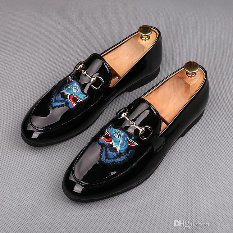 New Italy style Men glitter embroidery bee Wolf Leather shoes Man's Formal Dress Shoes For Homecoming Wedding Business Christmas gift