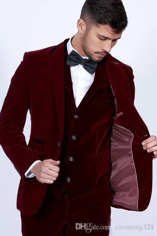 Moda Borgoña Terciopelo Novio Esmoquin Muesca Solapa Para hombre Esmoquin de boda Excelente Hombre Chaqueta Blazer Traje de 3 piezas (Chaqueta + Pantalones + Chaleco + Corbata)