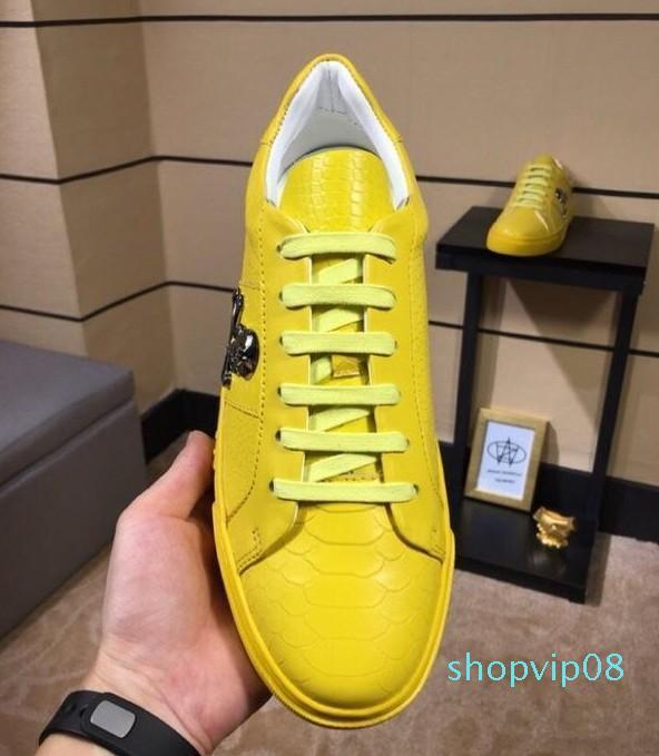2019 yüksek kalite En Lüks Tasarımcı Flats Erkekler Ünlü Moda Stil Gerçek Deri Ayakkabı Erkek Ayakkabı 38-45C03 Ayakkabı