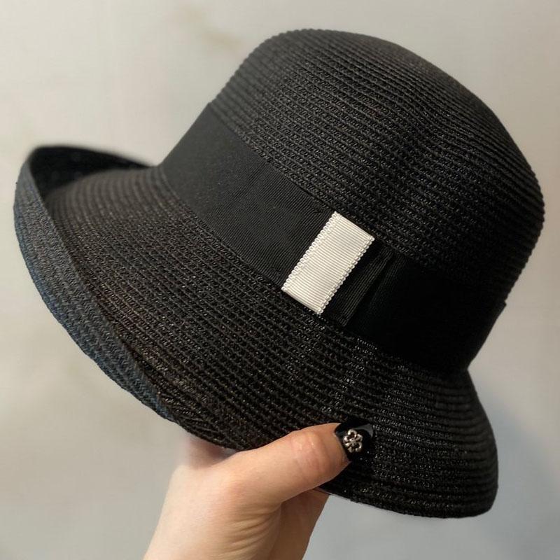 النساء القبعات مصمم نسج مظلة سيدة قبعة الربيع الصيف القبعات الفاخرة عطلة الشاطئ قبعة الطليعية السيدات حزب الأزياء التبعي
