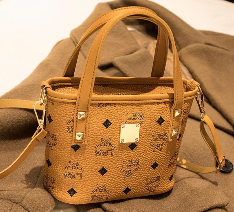 Sıcak Satış Moda Kadınlar Çanta Tasarımcı çanta Crossbody Çanta Lüks Lady Eğik Omuz Çantaları Messenger Bayanlar Cüzdan Bez Çantalar