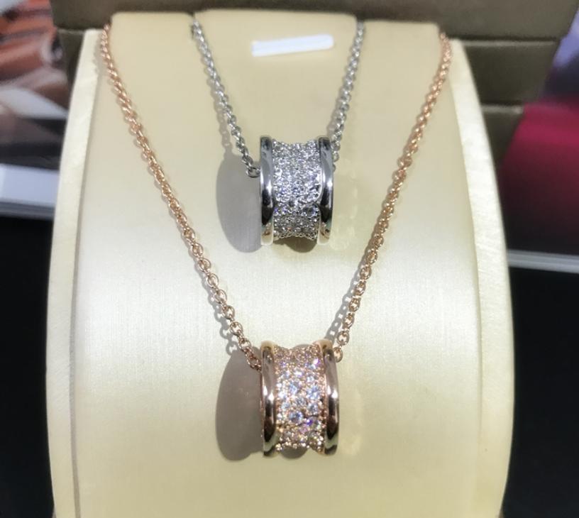 Classica Piccolo bella vita di gioielli di lusso Ciondolo Sparkling Soild 100% 925 Sterling Silver Pave White Sapphire clavicola Circle collana