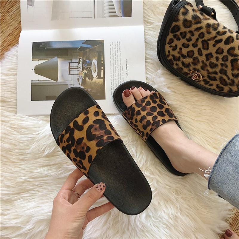 2020 Chic Home Shoes Retro Sexy Street Leopard Slippers Slide Sandals for Women Casual Slipper Hot Beach Flip Flops In Stock