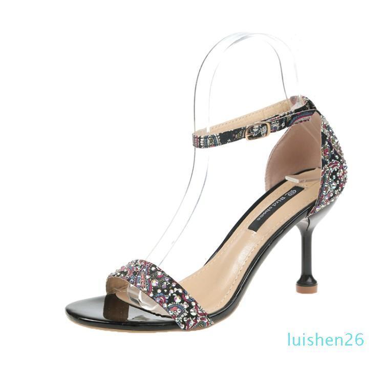 Marque Femmes Sandales Chaussures d'été Hauts talons en cuir Toes Peep Boucle Bracelet Femme Chaussures Soirée Noir Sandalia Tacon Negro DF13