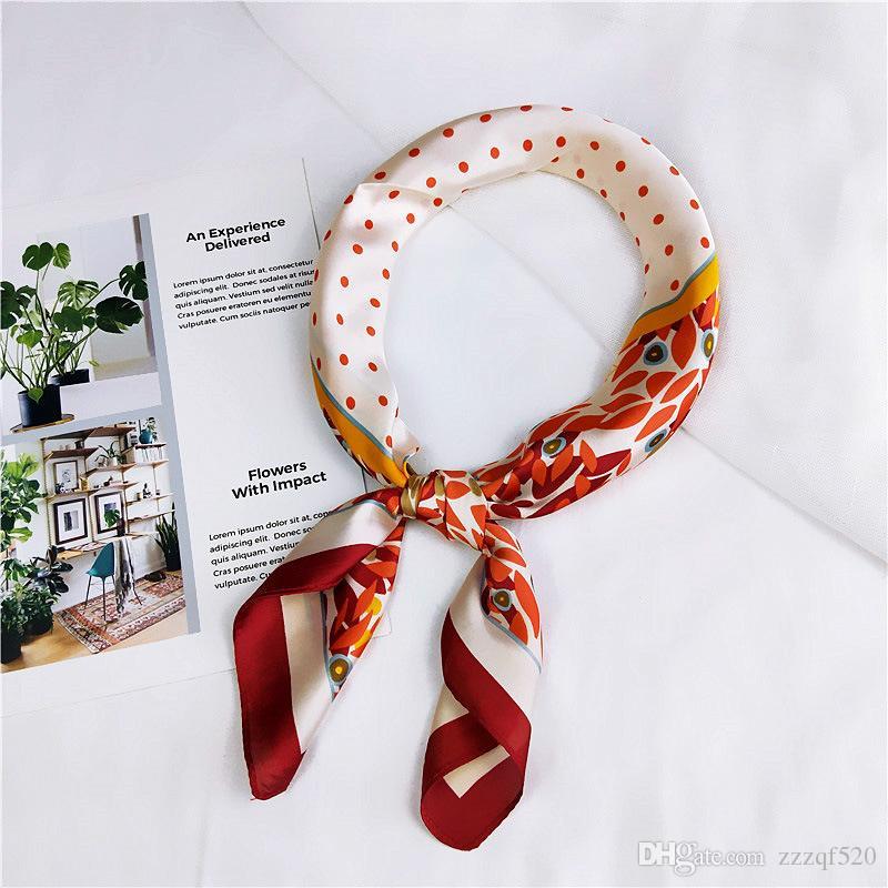 Venta al por mayor 12 unids moda nueva bufanda de seda 70x70 cm puntos florales impresos mujeres mantón satén pequeños cuadrados cabeza bolsa decorativa bufandas