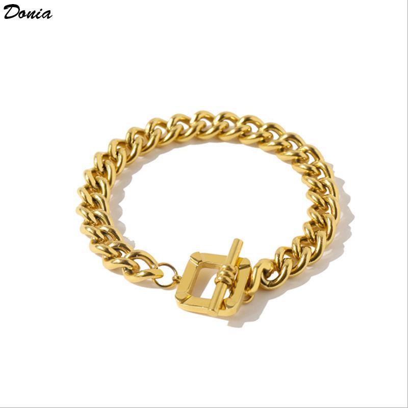 Braccialetto di lusso Dona Braccialetto di lusso Europeo e American Fashion Fibbia quadrato Braccialetto di rame Donne di design hip-hop regalo