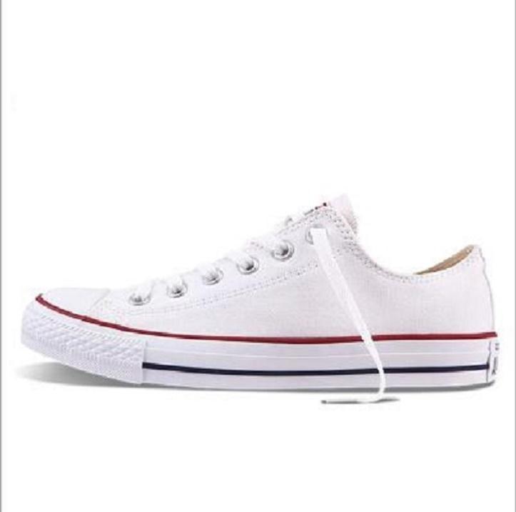 Yeni Fabrika Promosyon Fiyat! Tuval Ayakkabı Kadın ve Erkekler Düşük Stil Klasik Tuval Ayakkabı Casual Tuval Ayakkabı