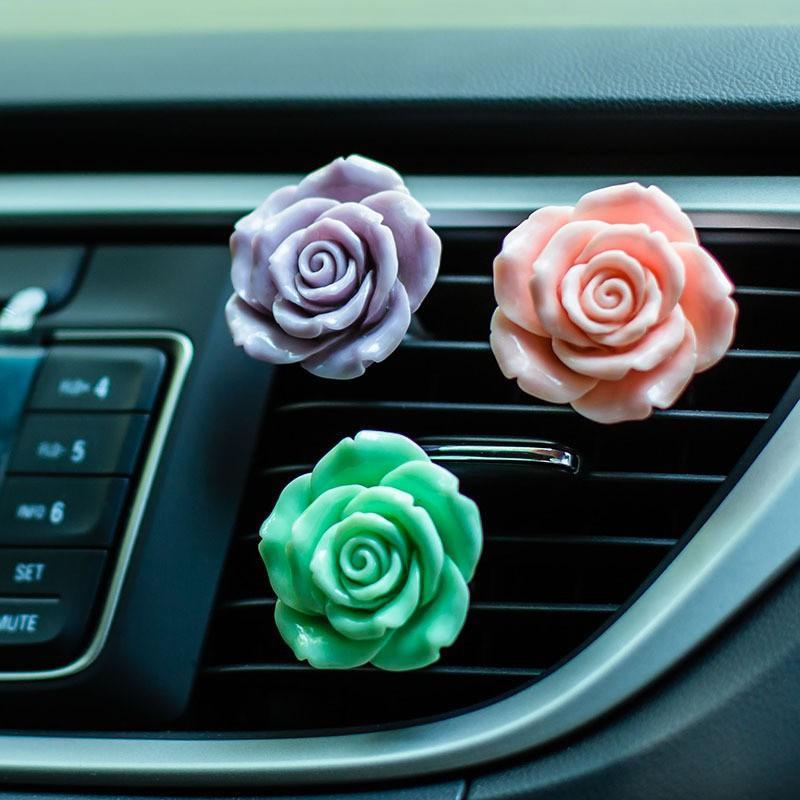 Kızlar için Yeni Asma Araba Oda Parfümü Saturna Parfümlü / Fragrance Saturna Şekli Araç Aksesuarları