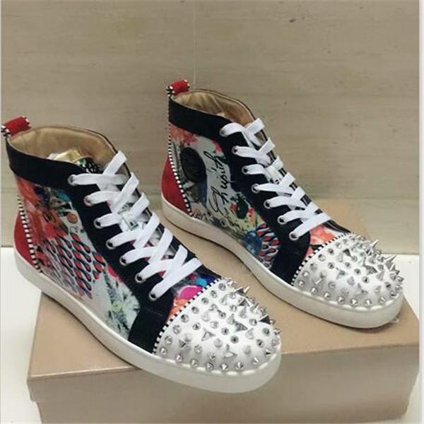 2020 высокое качество Мужчины Женщины платформа досуг обувь Мода женщины платформа обувь кожаные Шипы Повседневная обувь 35-46 zy03
