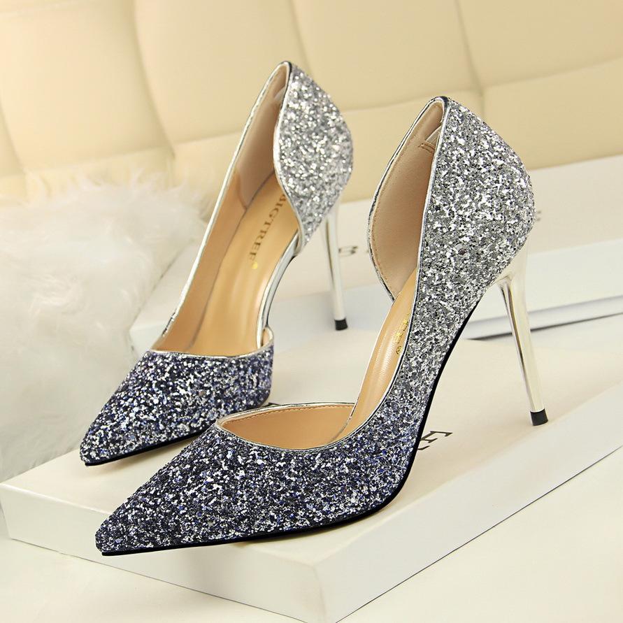 Heiße Verkauf-Neue Nachtclub-Art-Dame Sexy Party Shoes Gradient Glitter Design Frauen Spitz Side-Open Pfennigabsatz Schuhe Frauen