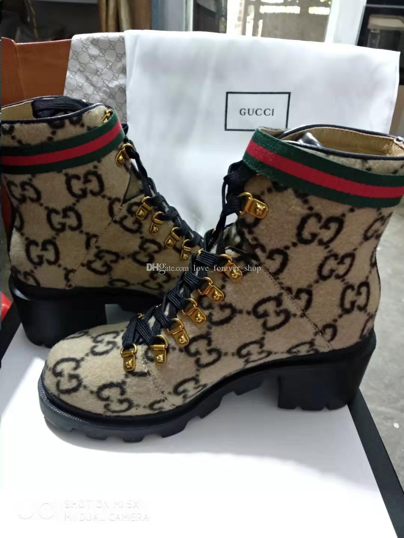 الأزياء ونجم جلد النساء الأحذية الجلدية امرأة قصيرة الخريف مصمم الكاحل أزياء الشتاء العلامة التجارية أحذية النساء V09 Z41