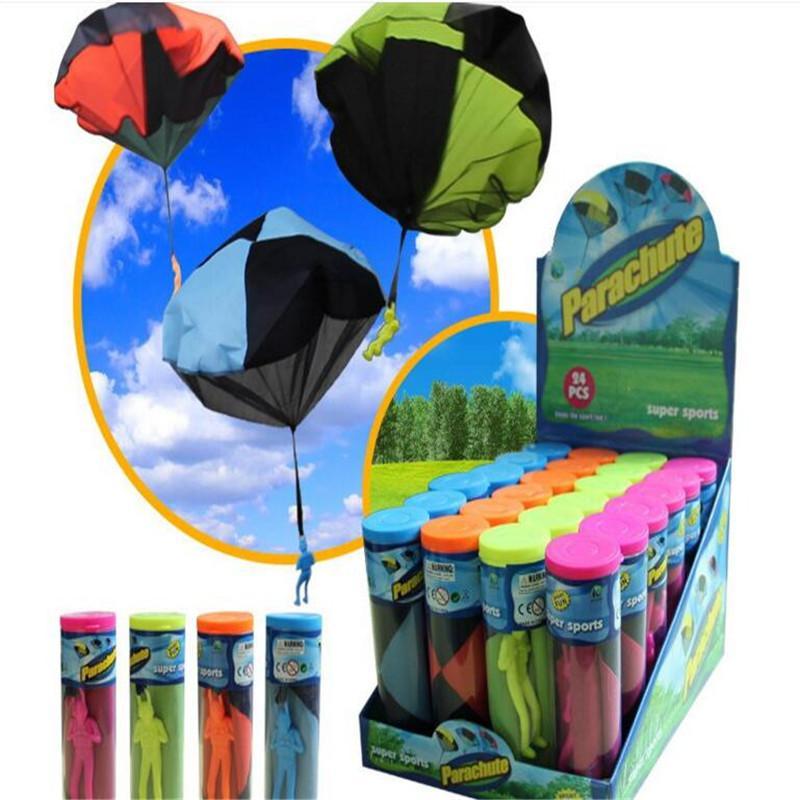 Juguete al aire libre de DHL Lanzamiento de paracaídas de juguete de la novedad soldados deporte paracaídas niños deporte al aire libre Juego juguetes para los niños
