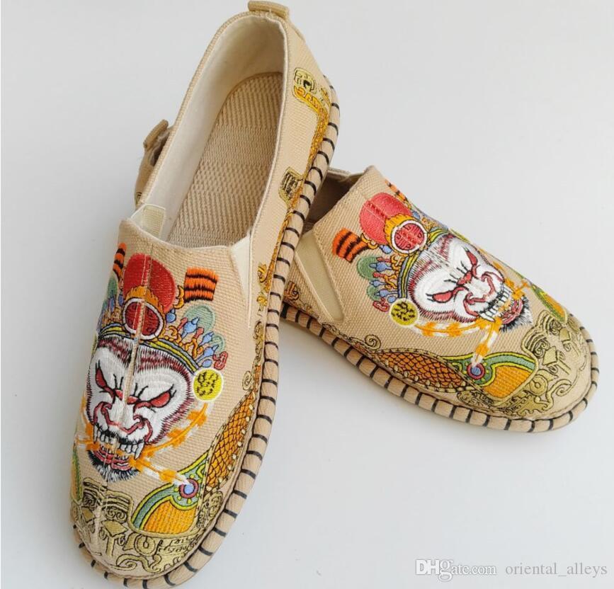 Chinesische Gestickte Gesicht Schuhe Männer Affe König Sun Wu Kong Muster Hand made Tuch Schuhe rutschfeste Wasserdichte Double bottom Leinen Schuhe