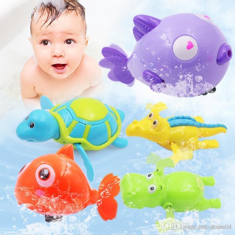 klassische Badespielzeug bunte Misch Tiere Schwimmen Wasserspielzeug Uhrwerk Wind-up Schwimmen Spielzeug Kinder Badespielzeug für Baby-Bad-Spielzeug