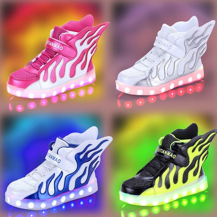أطفال التجزئة 2019 2020 مجموعات كرة القدم أجنحة الملاك LED الرياضة الخفيفة الاحذية الفتيات أحذية مصمم أحذية كرة السلة طفل رضيع الاطفال احذية