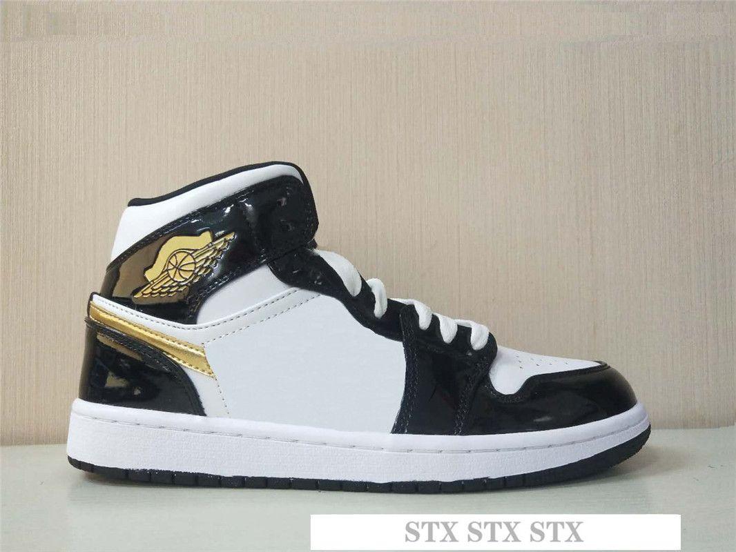 Alto 1 Travis Scotts Obsidian despedaçado encosto sapatos Mens Basketball OG 1s tribunal Chicago roxo Esporte Bred Designer Sneakers M5