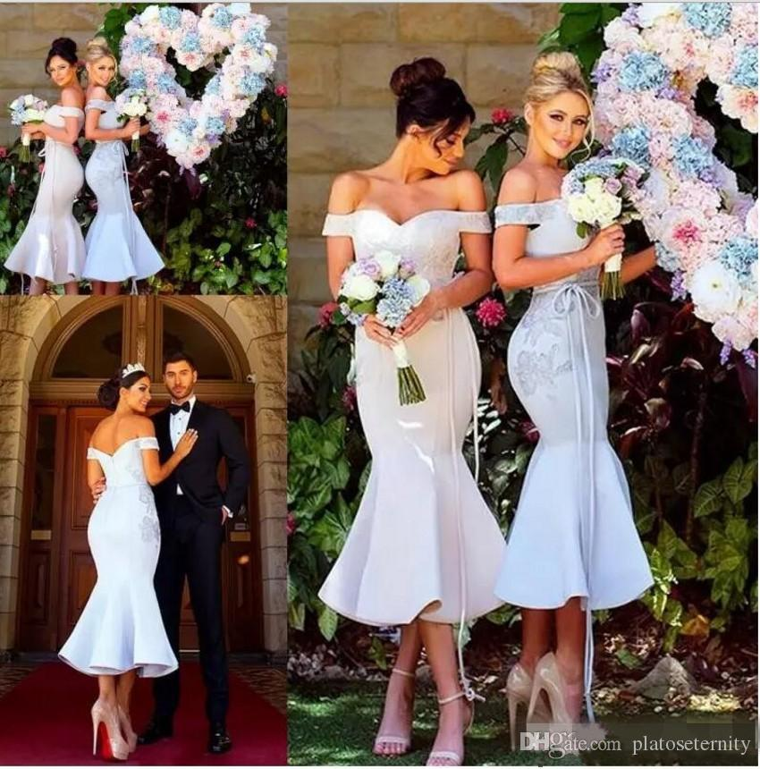 Off-Shoulder Bridesmaid Dresses Capped Sleeves Double Neck Lace And Satin Long Mermaid Wedding Party Dresses