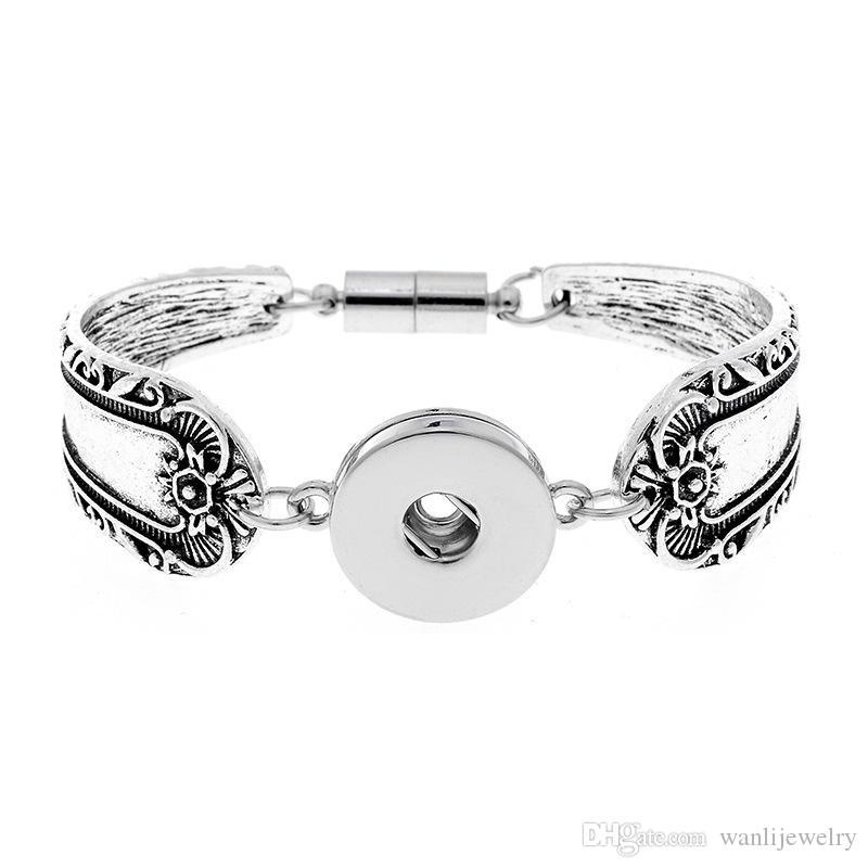 Nouveau 18mm beaucoup de styles Snap Bijoux En Métal Argent Snap Bouton Bracelet Bracelet Fleurs Sculpté Magnétique Snap Bracelet pour Femmes Hommes Bracelets