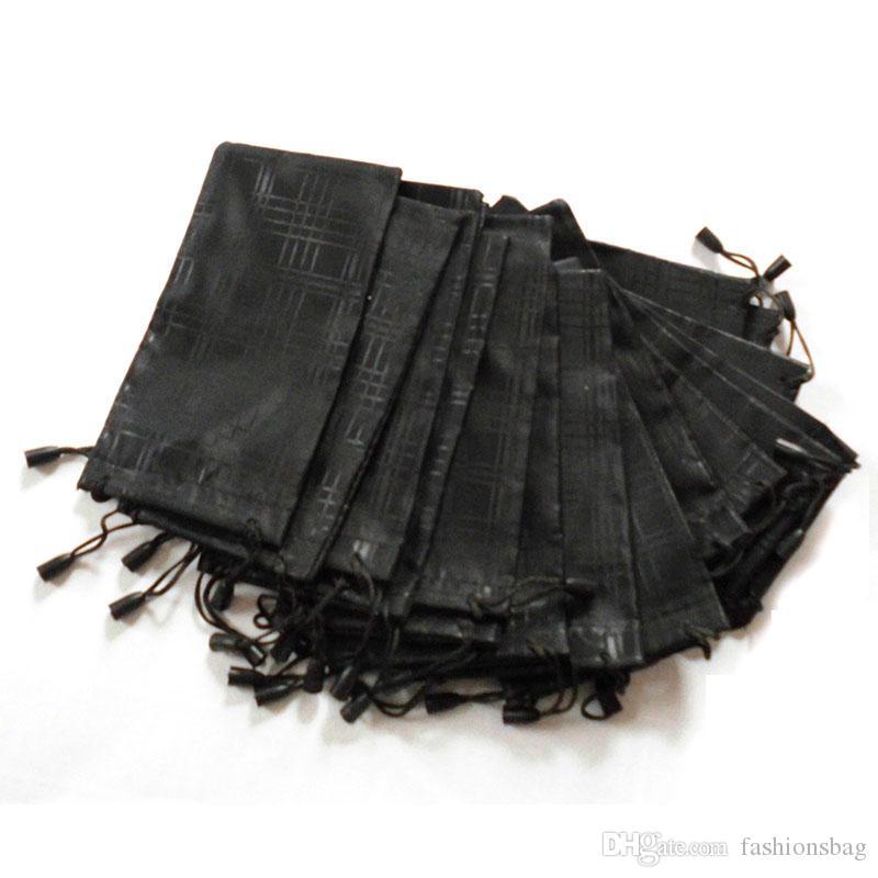 50 unids / lote Caja de Gafas Suave Impermeable Tela A Cuadros Gafas de Sol Bolsa Gafas Bolsa Color Negro Al Por Mayor Buena Calidad