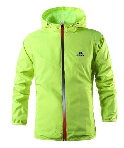 Diseñador de moda suéter con capucha de los hombres de la chaqueta de manga larga otoño deportes al aire libre Windrunner cremallera Cazadora Capa más el tamaño S-3XL KU6K MQ1H