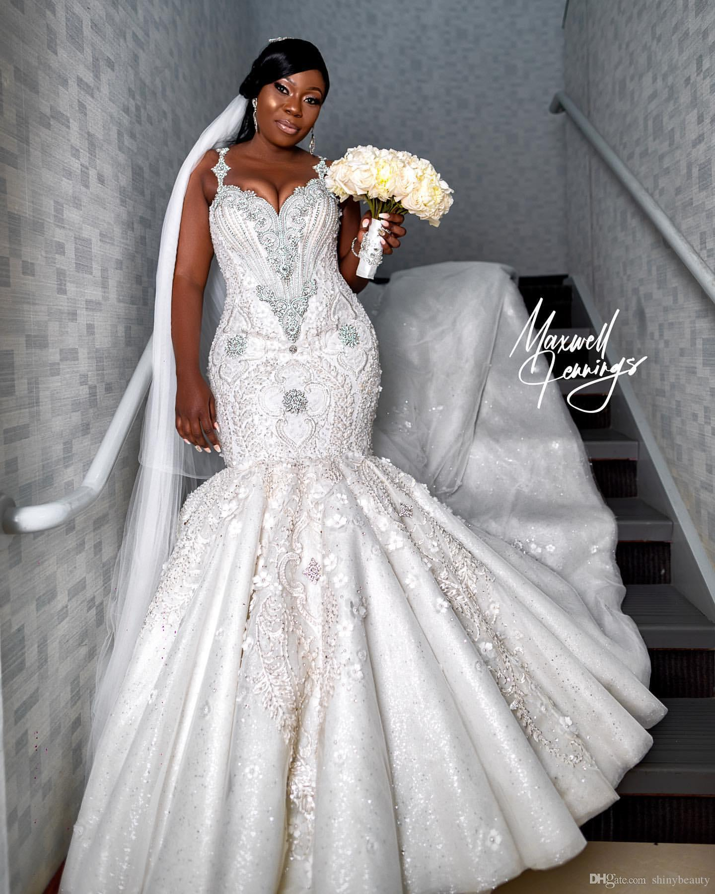 2019 Arabic Plus Size Luxurious Lace Beaded Wedding Dresses Crystals Mermaid Sexy Bridal Dresses Vintage Wedding Gowns SY266