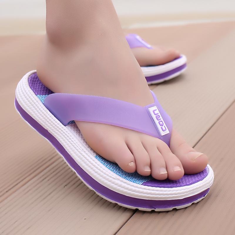POLALI 2020 deslizadores del verano de las mujeres Masaje informal duradero chanclas sandalias de la playa Mujer Zapatos de cuña rayada de señoras zapatillas