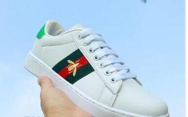 A17 2020 Nouveau printemps Mme broderie Petit Blanc Chaussures pour hommes et femmes Chaussures de marche Casual Taille 36-44 FGZ3