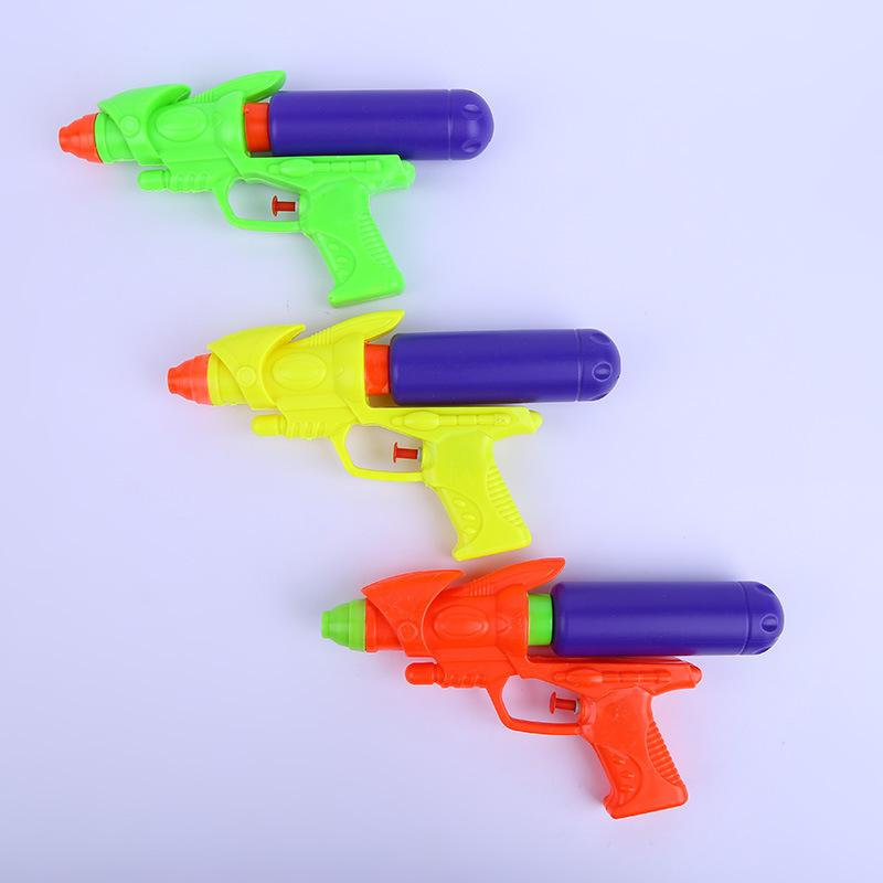 Direct sale of water gun for children's toys, interactive water spray beach toys, plastic toys, water guns for many kinds of toys