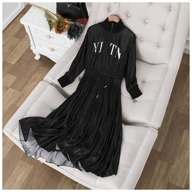 Tasarımcı Pist Elbise 2020 Siyah / Gök Mavisi / Lacivert uzun kollu Pileleri Kadınlar Elbise Yaz Letter 8820 vestidos de Festa yazdır Standı
