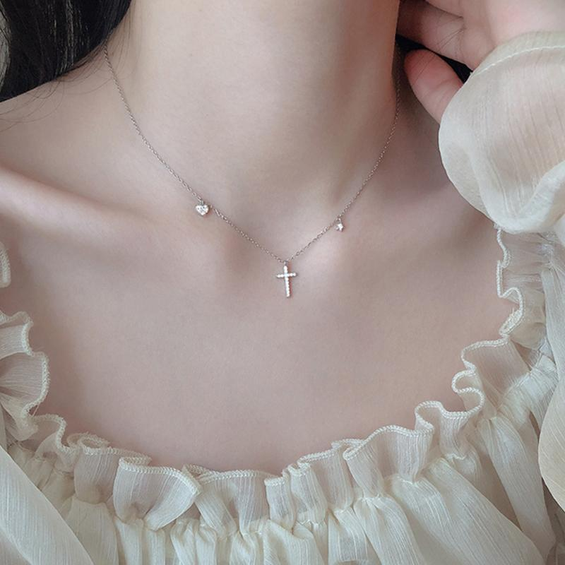 El oro al por mayor de joyería cruz circón collar de plata esterlina de las mujeres 925 Gargantilla corazón de la estrella de la boda de Corea 925