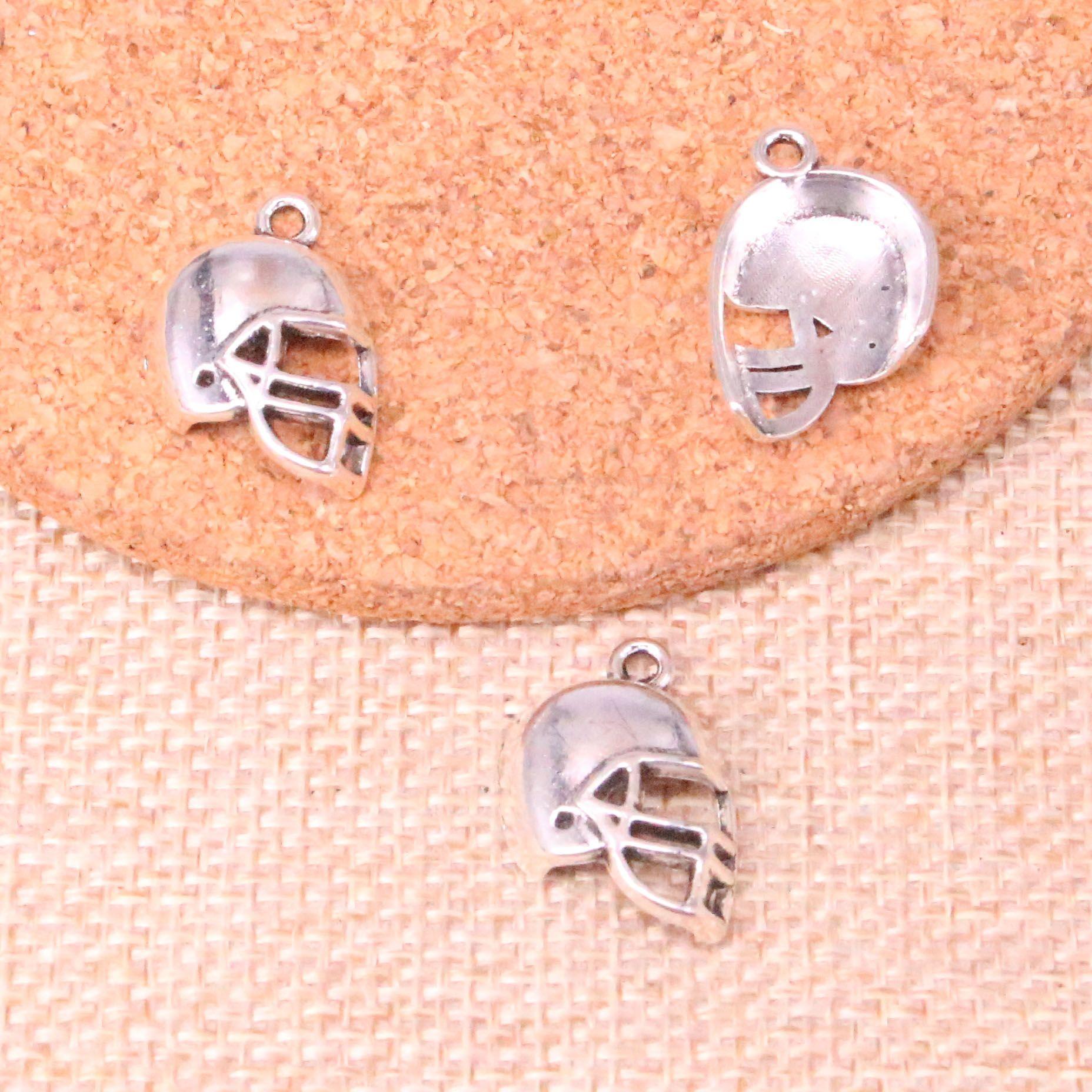 92pcs fascini Soccor casco da football 20 * 15mm antiquariato del pendente adatti che fanno, d'argento tibetani, gioielli artigianali fai da te