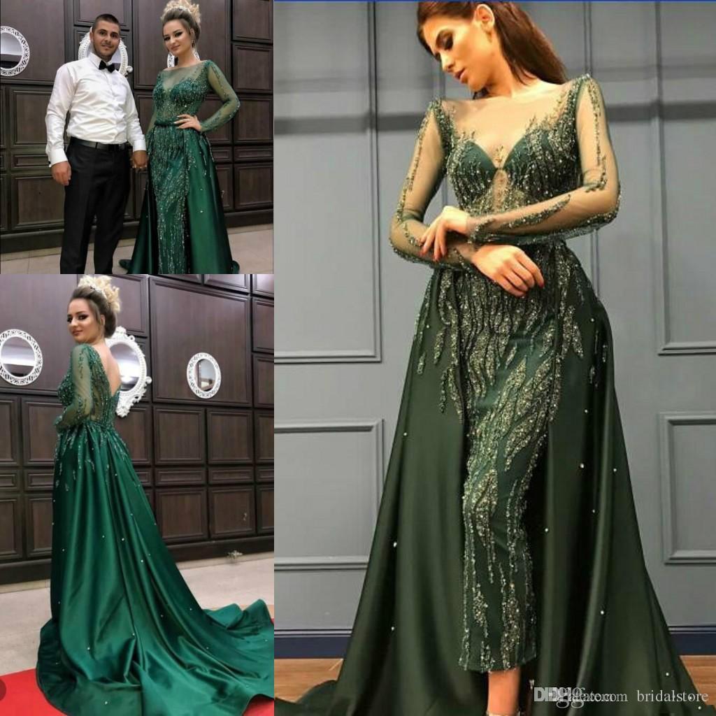 Vestido de fiesta de cristal verde esmeralda con Overskirt 2019 Nueva ziad nakad Sheer Beaded Neck Manga larga Vestido de noche árabe brillante