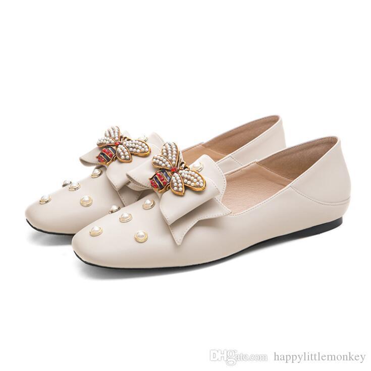 Marque Designer Luxury Ladies Chaussures 2020 Chaussures en cuir véritable abeille plat Printemps Été Femmes haut de gamme travail Fashion Party Chaussures de mariage