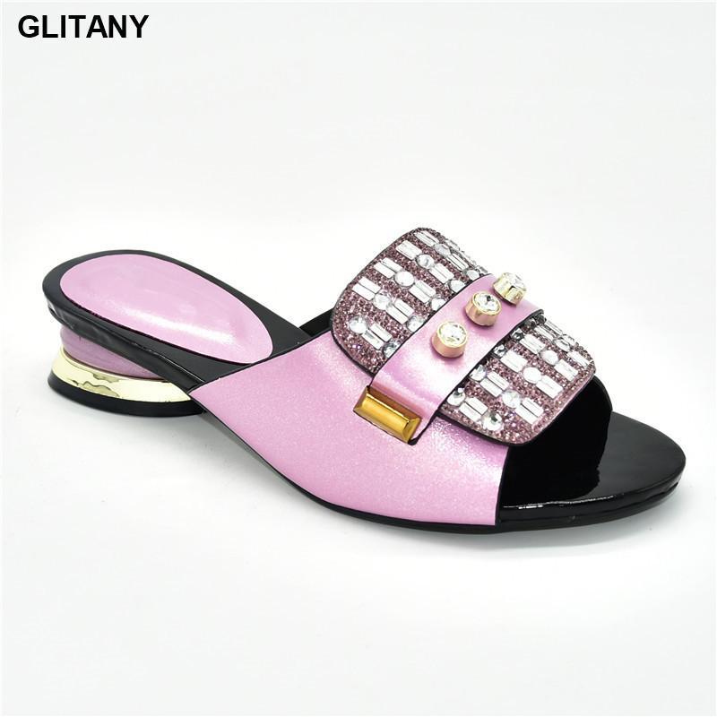 Mid Salto Chinelos Mulheres Chinelos Hot Selling Italian Style Slingbacks Africano Sapatos Mulheres 2020 Mulheres de Verão