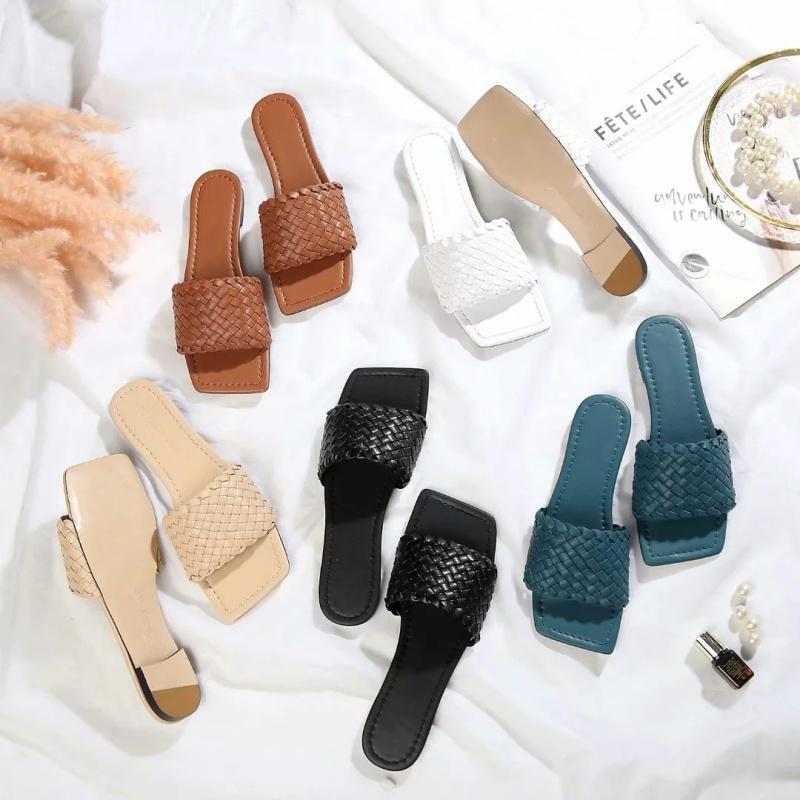 2020 neue Ankunfts-Frauen Designer Sandalen Qualitäts-Sommer Designer Slipper Multicolor Mode Frauen Sandalen 20042902W