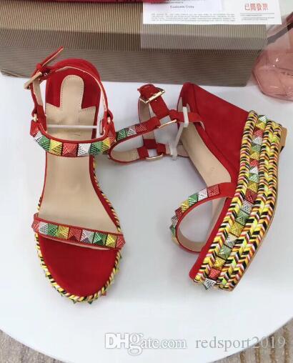Mükemmel Kadınlar Yaz Seksi Cataclou Kama Sandalet Kırmızı Alt Bayanlar Damızlık Sandalet Lüks Tasarımcı Seksi Bayanlar Düğün Parti Düğün EU35-42