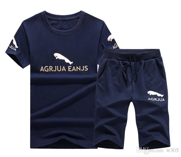 Ropa deportiva de los hombres Ropa casual al aire libre Verano Camiseta de manga corta Pantalones cortos Cómodos Transpirable 4 colores opcionales Envío gratis