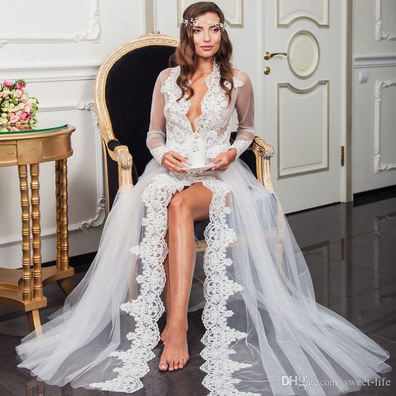 Sexy White Long Sleeves Bridal Wedding Wraps Jackets Floor Length Lace Applique Deep V Neck Tulle Cloaks Capes Shawls Night Robes