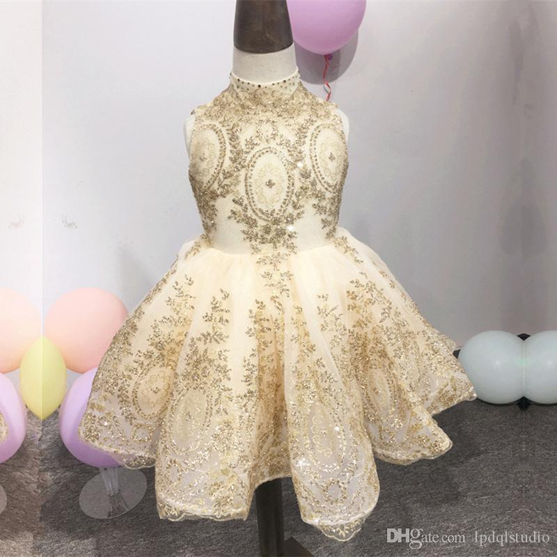 Atemberaubende Champagner Blumenmädchenkleider Ballkleid Weicher Tüll mit Partykleider aus Gold des Mädchens Partykleider Zipper Back Ballkleid