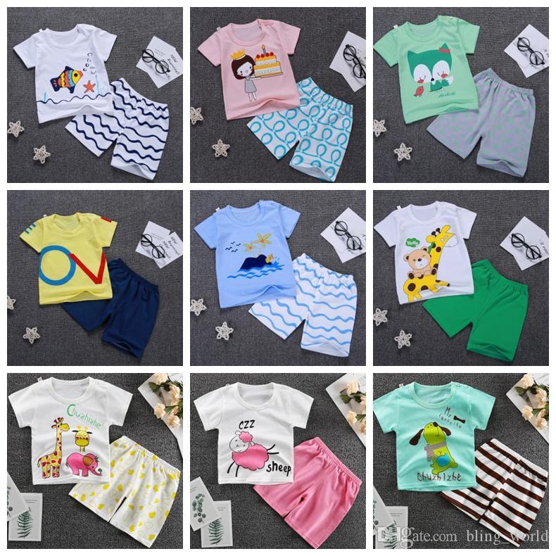 Kinder-Designerkleidung für Jungen-Karikatur Shirts kurze Hosen 2pcs Set Short Sleeve Kleinkind-Mädchen Outfits Sommer Kinderkleidung 15 Designs YW3594
