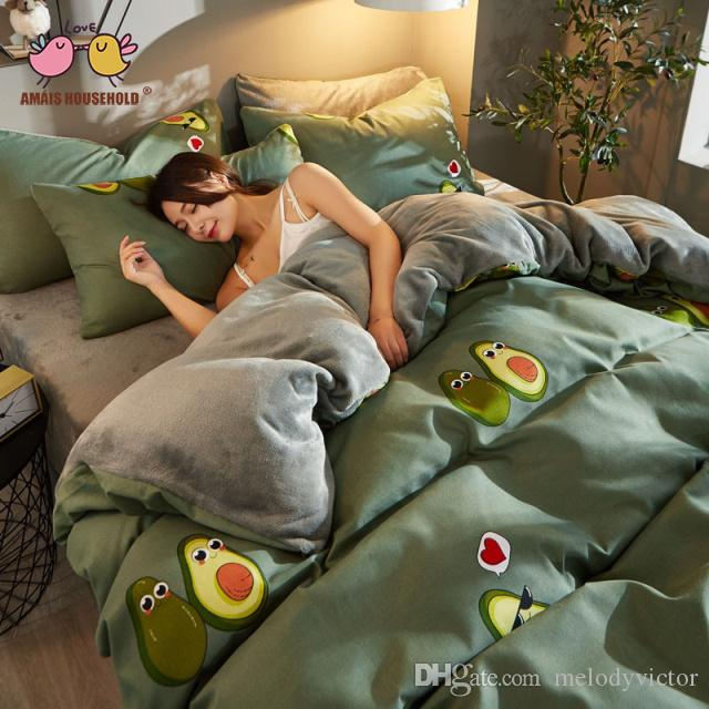 2019 Popular Avocado Color Child Loves Green Color Theme Flannel Cotton Queen Size Luxury Bedding Sets