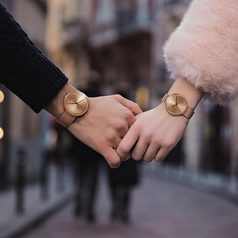 Эзра новые моды, Мода, супер тонкий подарок часы, мужчины и женщины любители смотреть электронные кварцевые часы оптом