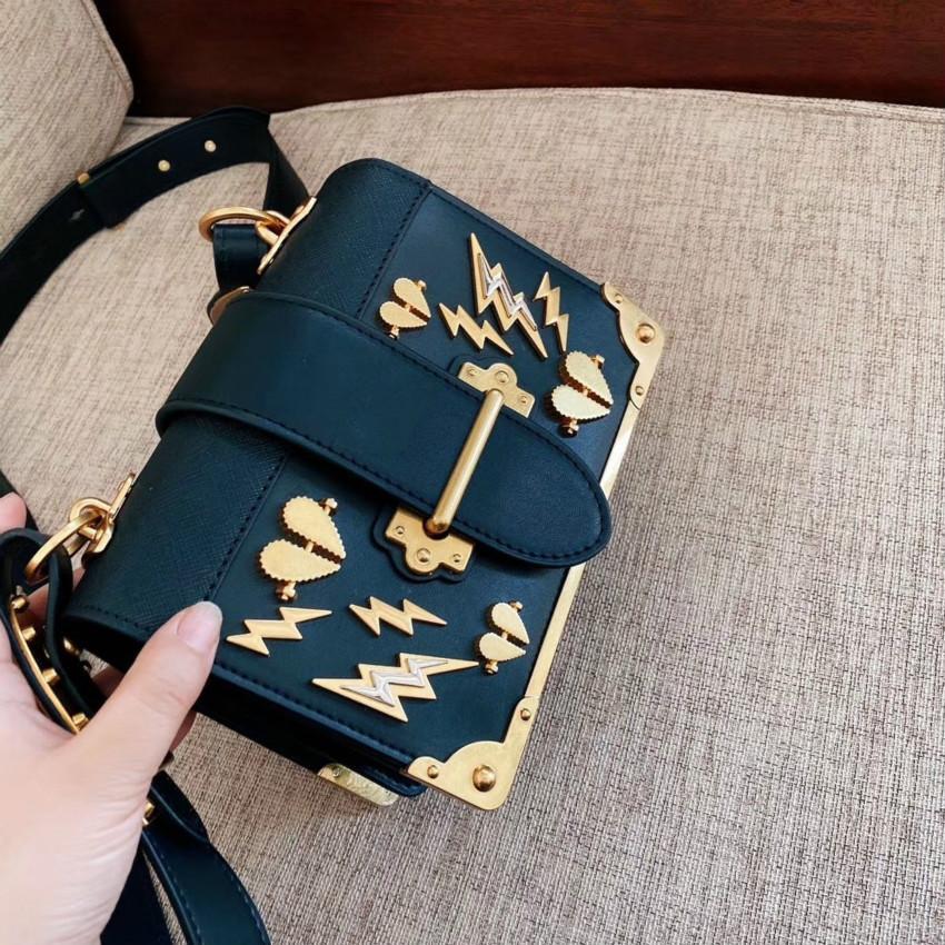 Designer Handbag Mulheres ombro bolsa Corações de alta qualidade lantejoulas Moda Flap # CFY2002273