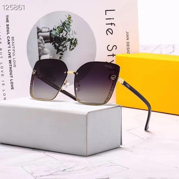 hommes de concepteurs et de lunettes de soleil marque de luxe lunettes mode cadre de pare-soleil extérieur dames classiques lunettes de soleil de luxe
